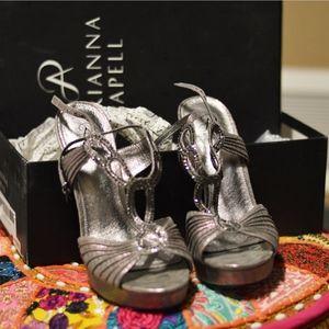 Adrianna Papell Madalen Heels Size 6.5 NIB NWT